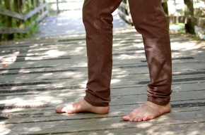Slim-fit calves and ankles