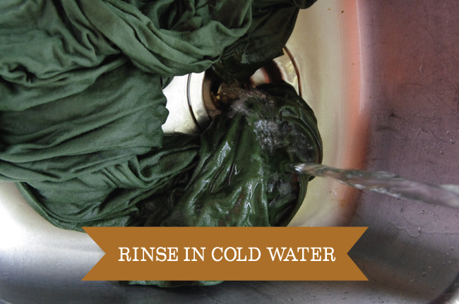 Dyeing - rinse in cold water