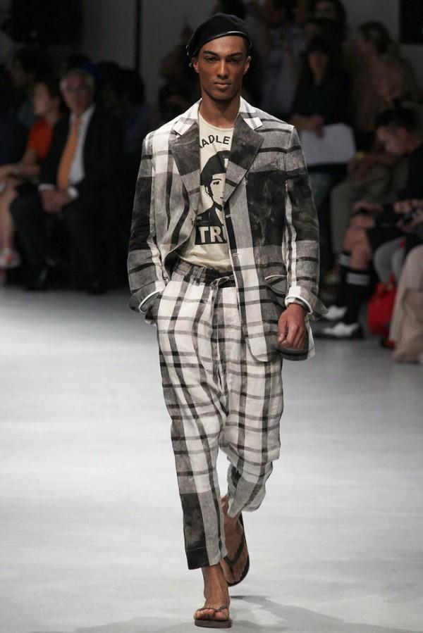 Vivienne-Westwood-plaid linen pants