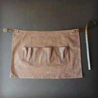 Otter Waxed apron