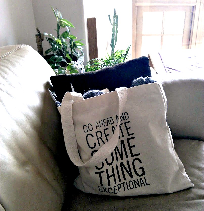 Tote bag for knitters