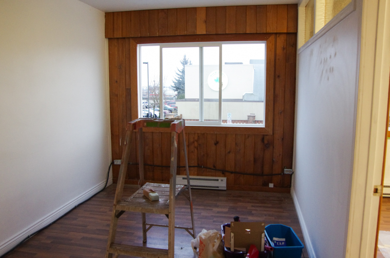 Sewing Studio Before (1 of 3)