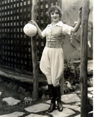 1920s-women-jodhpurs