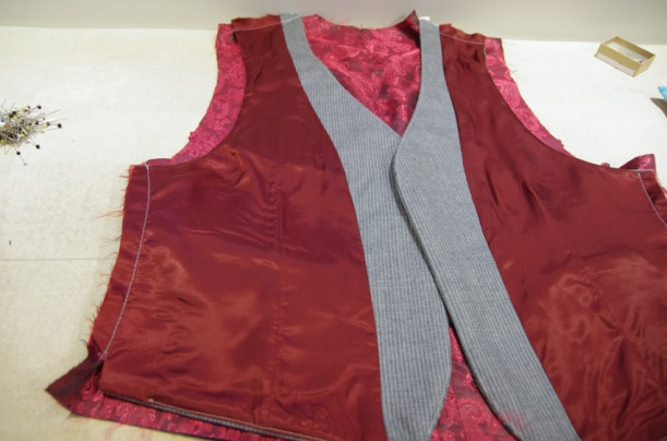 Thread Theory Belvedere Waistcoat Sewalong Assemble the Back-30